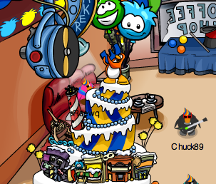 Club Penguin Party Cake